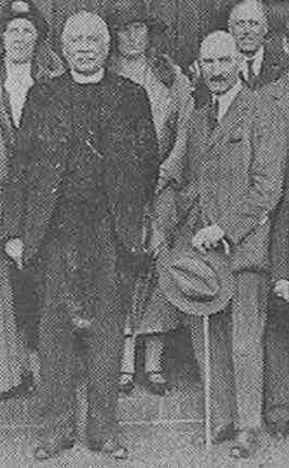 Canon Anderson and Churchwarden John Hayes Simonds at the Village Hall, 1931