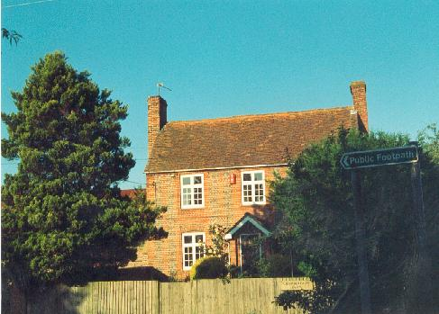 Chamberlain's Farm House, Swallowfield Road