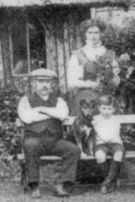 Guy Bentley with his parents in about 1910