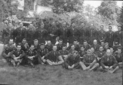 American Officers outside their Mess at Arborfield Grange