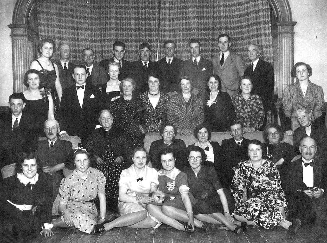 The Simonds family and staff at Newlands, 1939