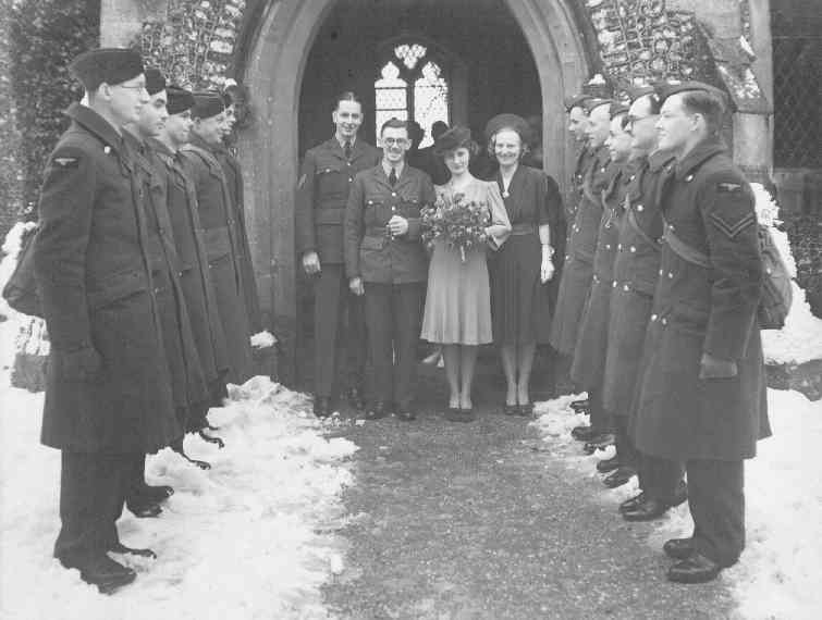 Ben Smith and Elsie Fleming's wedding, 1942